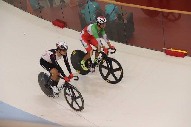 رقابت گنج خانلو در اومنیوم دوچرخه سواری پیست بازی های آسیایی، اولی در اسکرچ و نهمی در تمپو