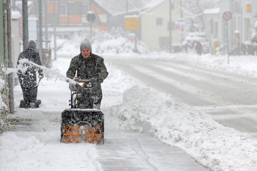 جان باختن 21 نفر در موج سرمای قطبی در آمریکا
