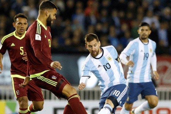 شکست آرژانتین در شب بازگشت مسی