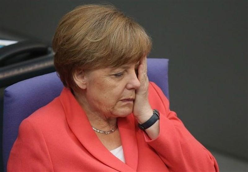 آلمانی ها خواهان کناره گیری زودهنگام مرکل هستند