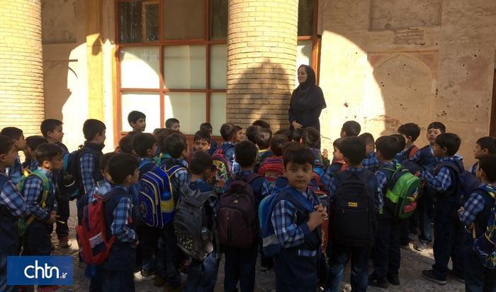 برگزاری ویژه برنامه کودک، محیط زیست و میراث فرهنگی در کاخ موزه چهلستون قزوین