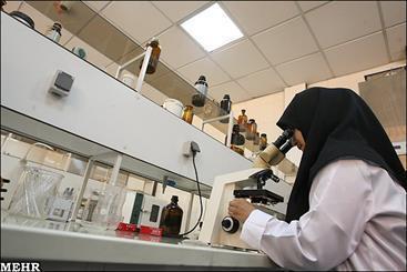 چالشهای درمانی در حوزه آزمایشگاه و بالین برررسی می گردد