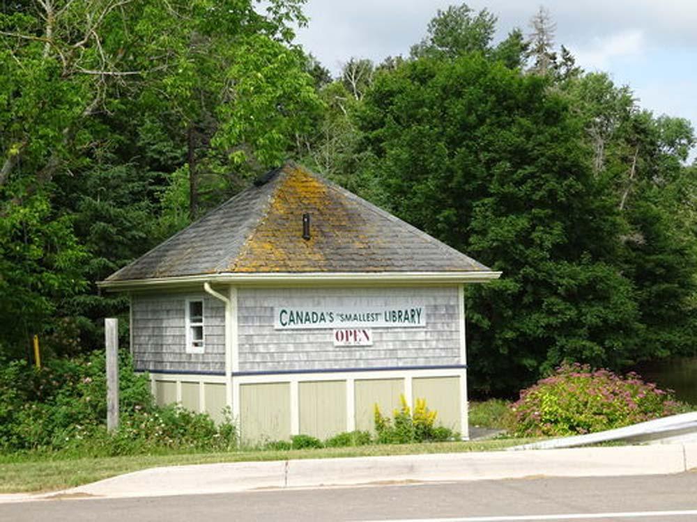 کوچک ترین کتابخانه کانادا