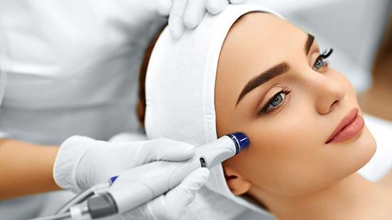 میکرودرم چیست و کاربرد آن در جوانسازی پوست چگونه است؟