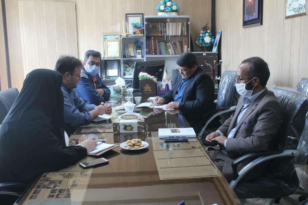تفاهم نامه ساخت آکادمی 12 کلاسه در بافق به امضا رسید