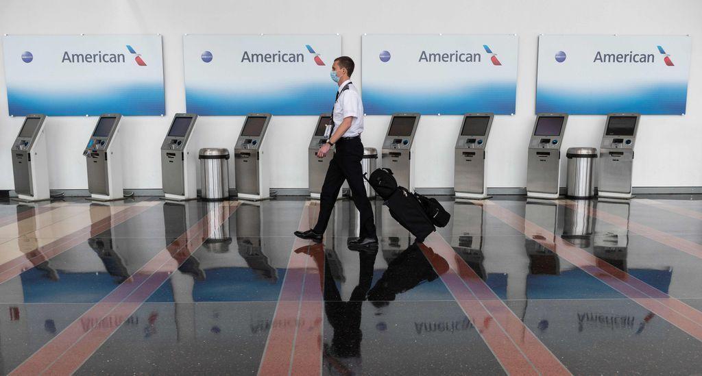 خبرنگاران بار سنگین کرونا بر گُرده شرکت های هواپیمایی آمریکا