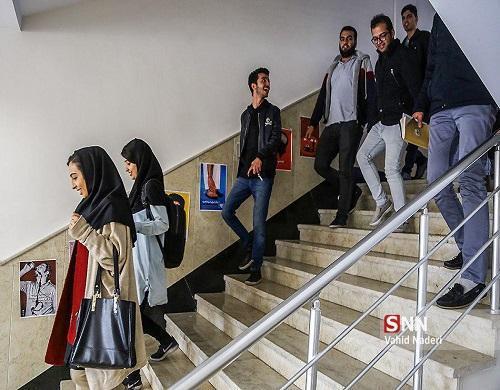 دانشگاه آزاد لاهیجان برای مهر 99 دانشجو می پذیرد