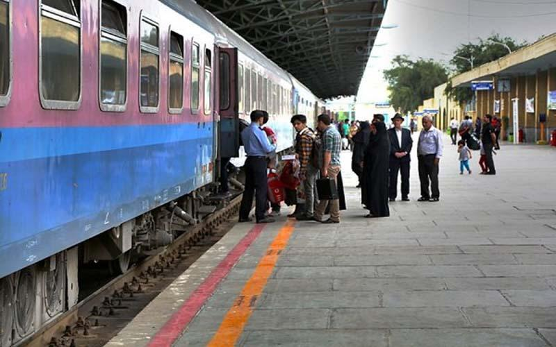 حرکت قطارهای گردشگری از سر گرفته شد