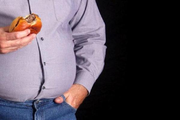 نقش مطلع سازی مردم از خطرات چاقی را جدی بگیریم