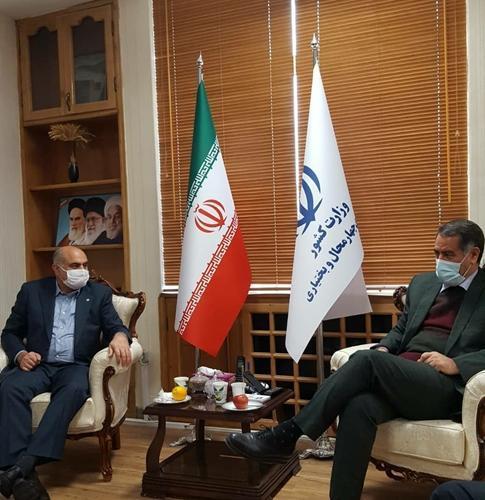 استاندار چهارمحال و بختیاری: خدمت رسانی شایسته پست بانک ایران موجب افزایش اعتماد روستاییان به این بانک شده است