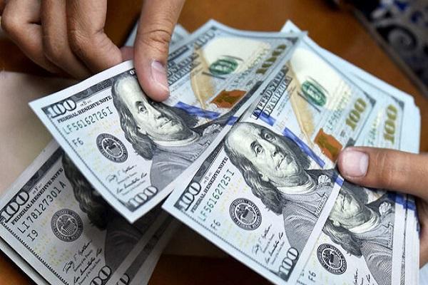 قیمت دلار 3 اسفند 1399 به 24 هزار و 673 تومان رسید