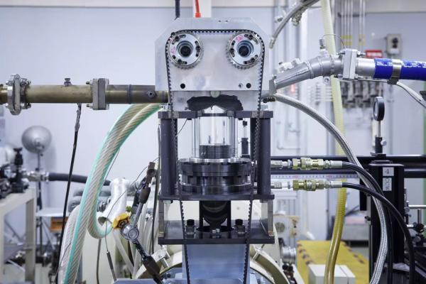 طراحی موتور بنزینی خودرو با بازده حرارتی بالا در نیسان