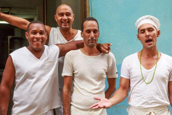 آشنایی با آداب و رسوم مردم خونگرم کوبا، عکس