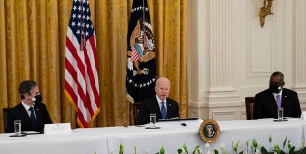 جلسه بایدن با تیم امنیتی کاخ سفید درباره خروج از افغانستان