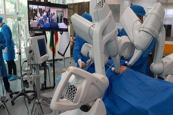 نخستین جراحی رباتیک از راه دور ایران با محصول دانش بنیان انجام شد
