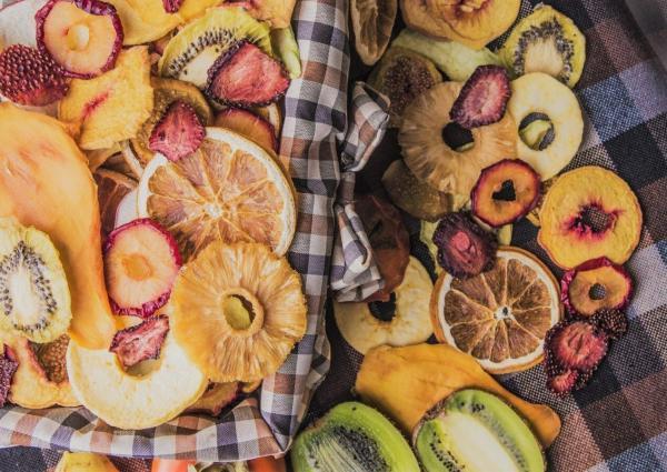 ده میوه خشک، کاهش وزن را برای شما آسان می نمایند!